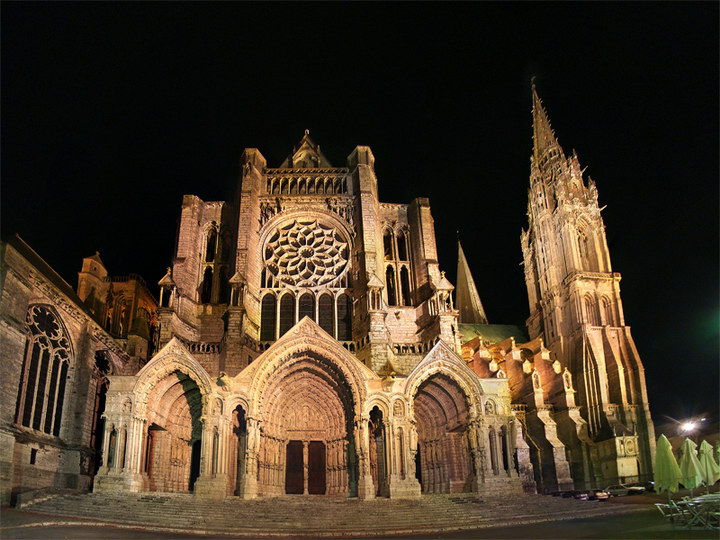 chartres30